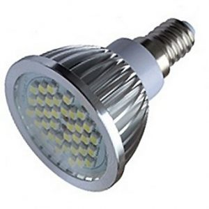 LED žárovka E14-4W