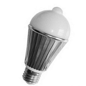 LED žiarovka z pohybovým senzorom 7W