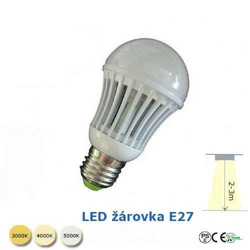 LED žárovka 7W